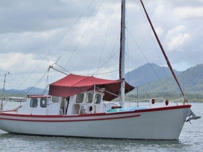 Don Muir 12.4 Tasmanian Cray Boat
