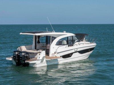 Beneteau Antares 11 Outboard Cruiser