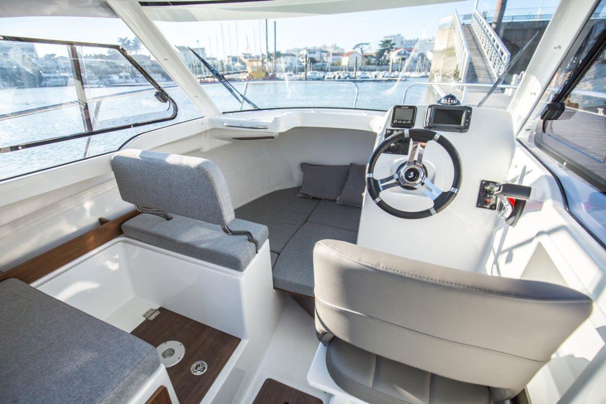 Beneteau Antares 6.0 OB Outboard Cruiser