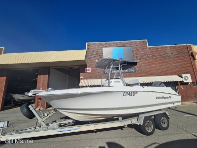 Wellcraft 232 Fisherman CENTRE CONSOLE POWERED BY 2016 YAMAHA 250HP... !!!
