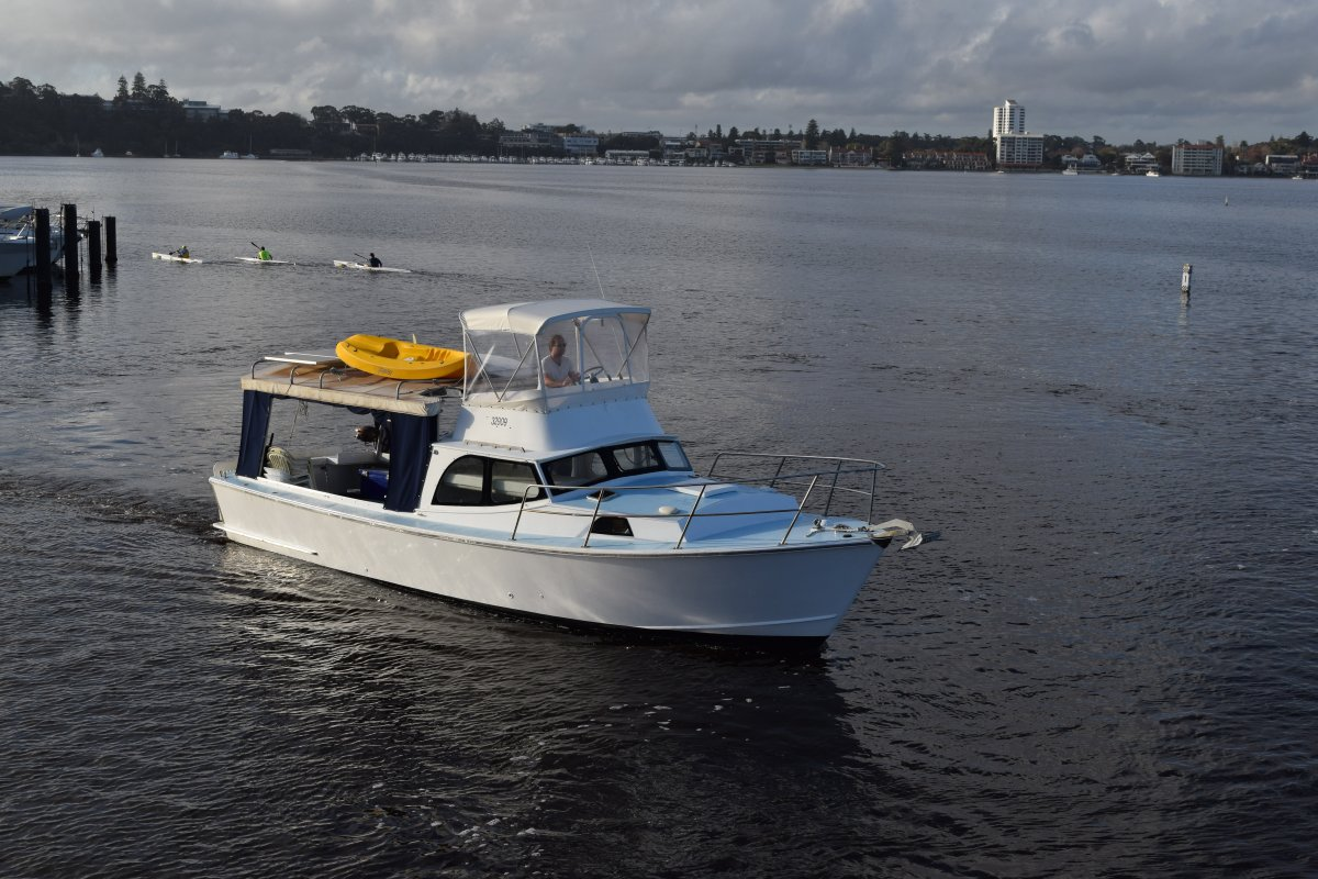 Randell 38 Flybridge Cruiser