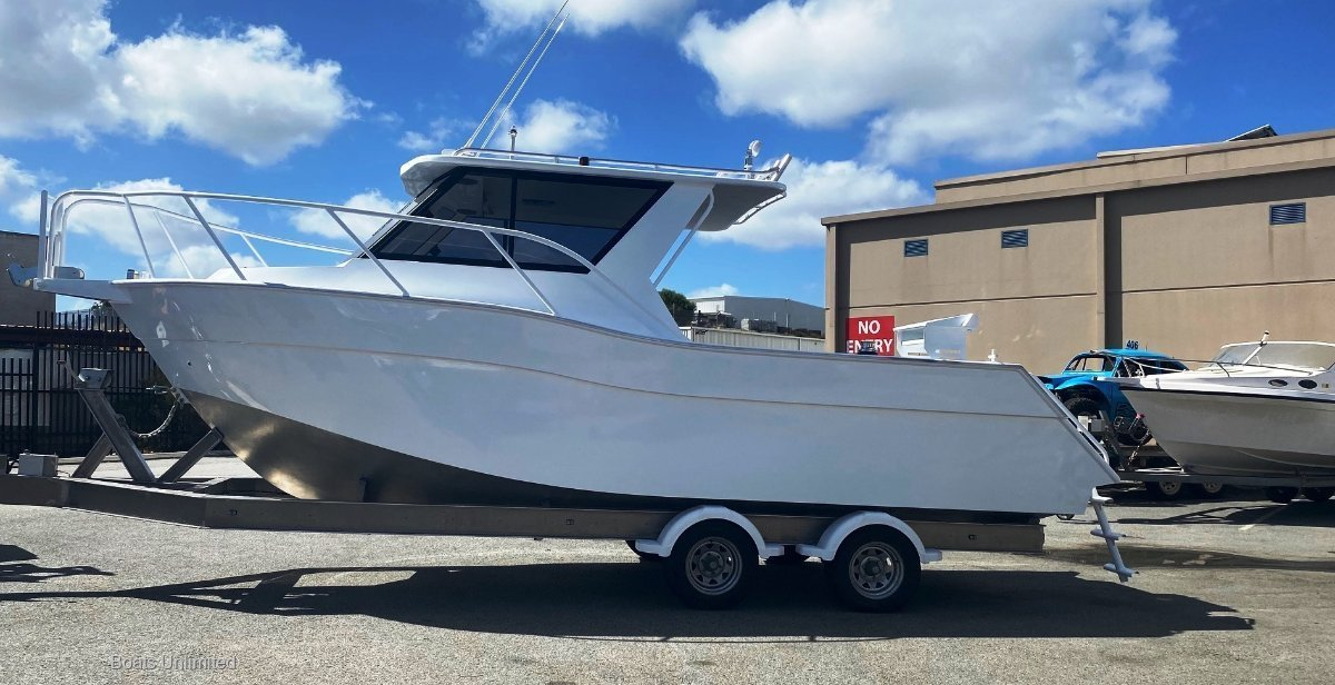 Alure Craft 760 Sportscabin Hardtop Deluxe NEW READY TO GO PICK YOUR ELECTRONICS TODAY!