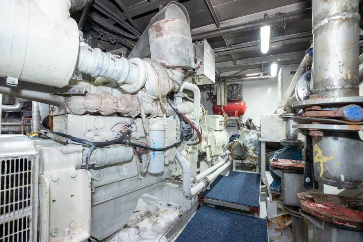 Offshore - Commercial Prawn Trawler