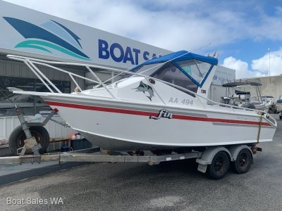 Hampton 590 Runabout - Plate Alloy with Twin Outboards Ready to go