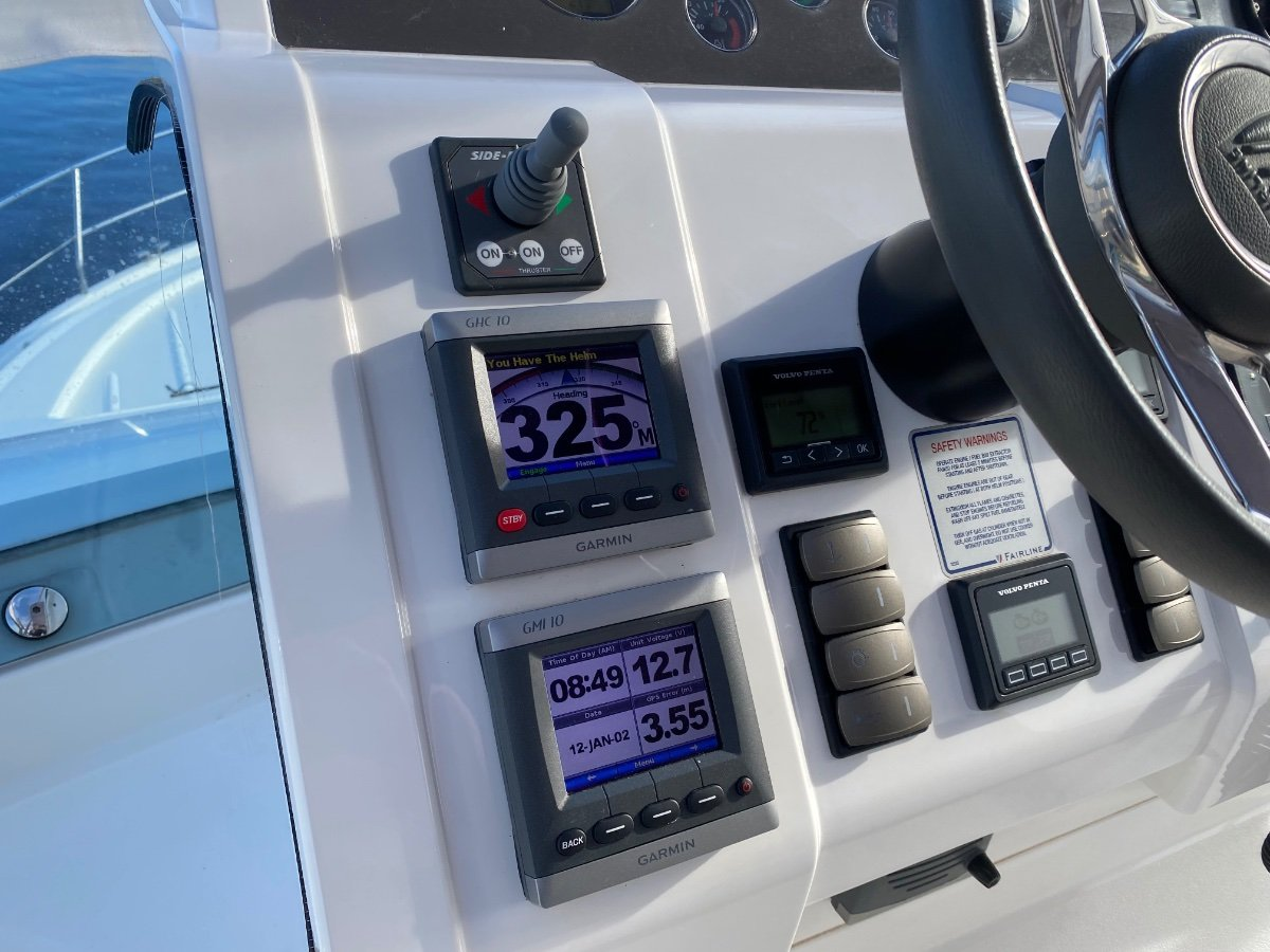 Fairline Squadron 42 Only 220 hrs, suit new boat buyer!