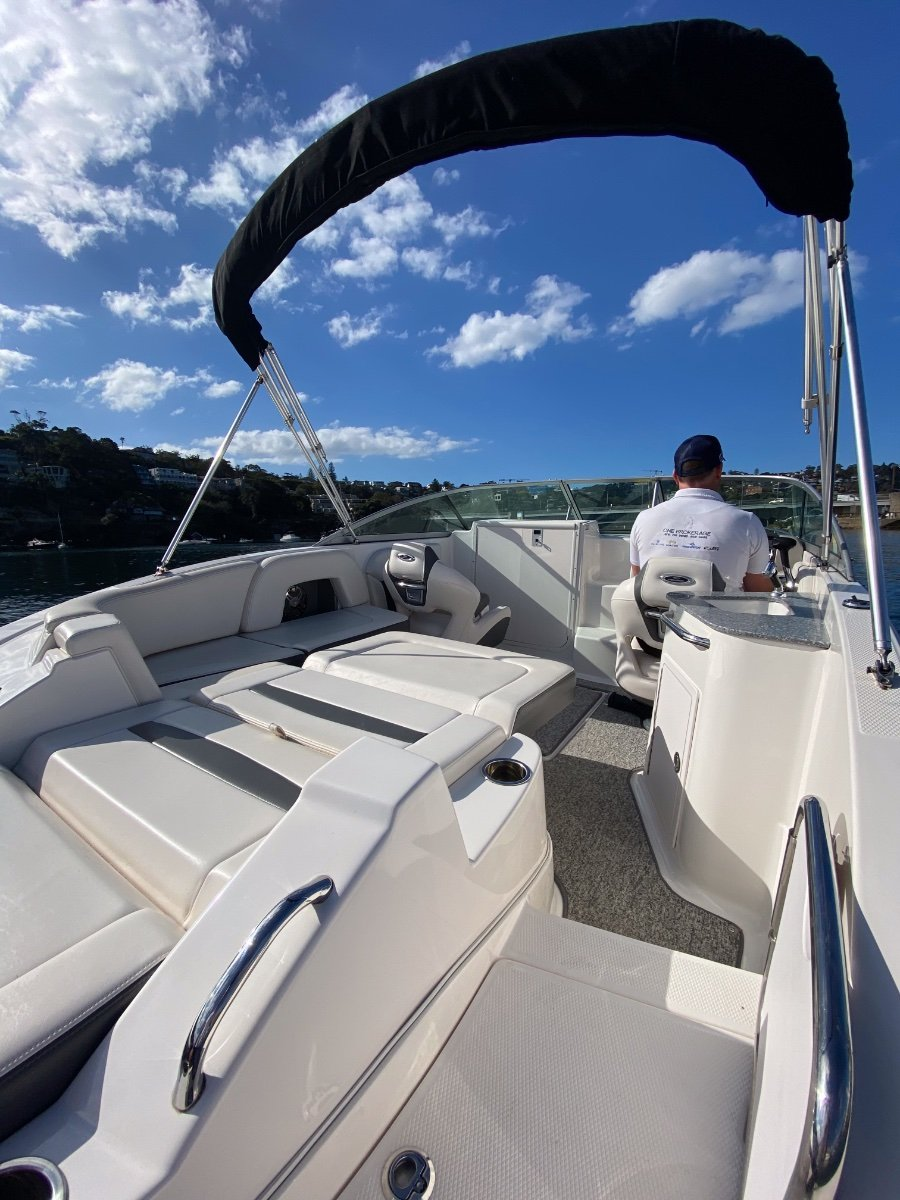 Chaparral 225 Ssi Sports Cabin