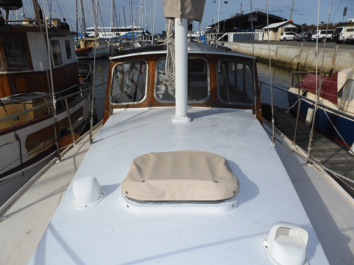 Max Creese 32ft King Billy Pine Motorsailor STUNNING LINES, EXCELLENT CONDITION MANY UPGRADES!
