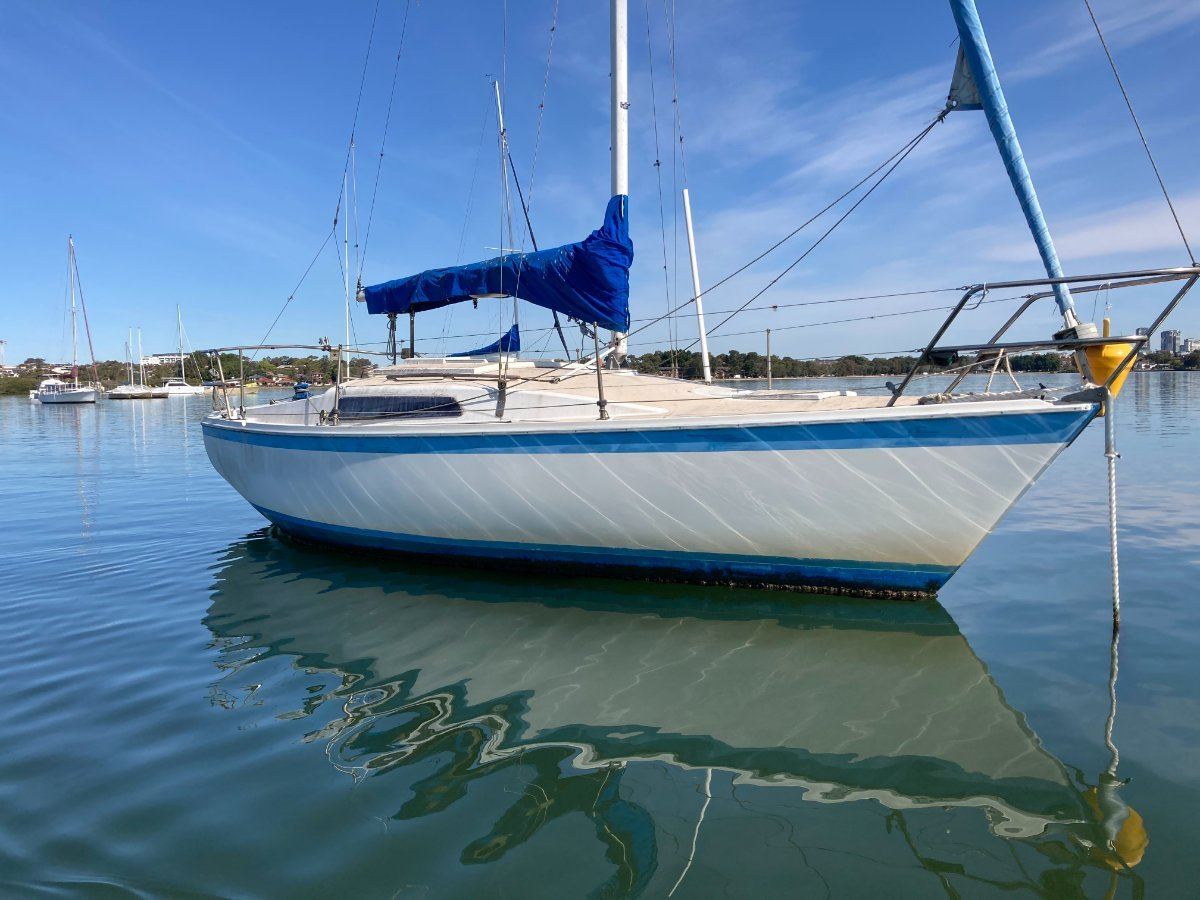 Cole 23 Fixed Diesel Bukh fixed Keel Yacht cheap add Value