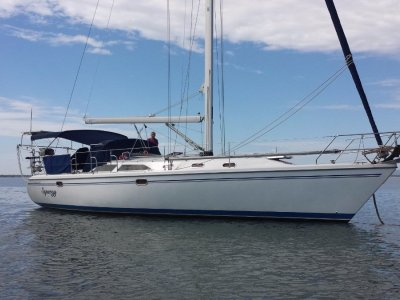 Catalina 42 Mk II Owner's two cabin version
