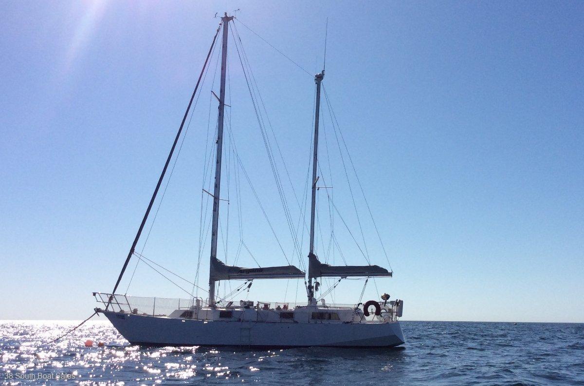 Roberts 38 Offshore