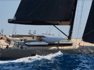 Y Yachts Y7 Near New - Carbon Built & Fully Equipped