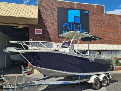 Genesis 550 Centre Console FISHING DIVING BEAST... !!!