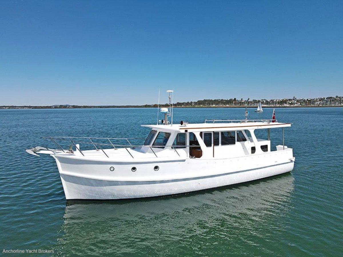 Bridgedeck 40 Cruiser
