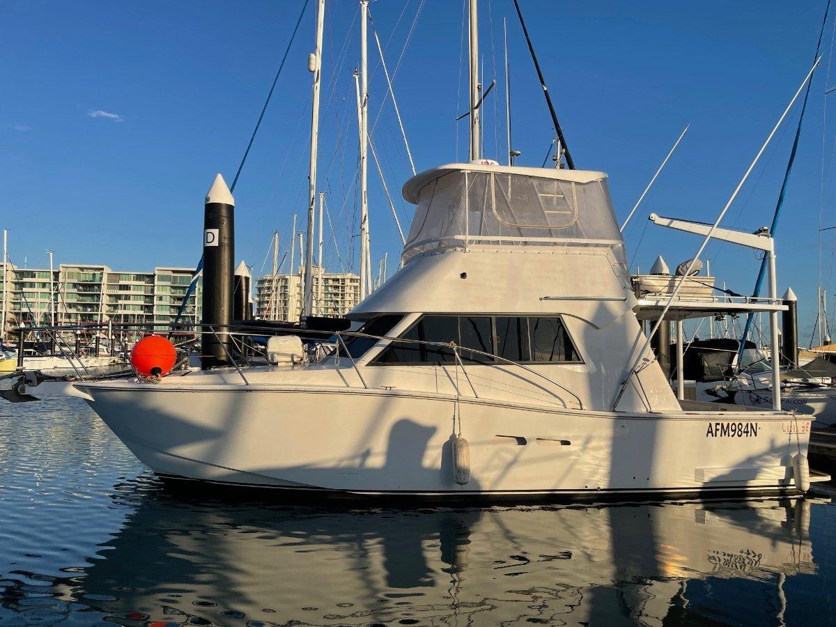 Sea Life Lecea 38 Aluminium Flybridge Cruiser