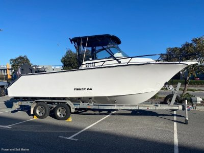 VMax 24 Offshore Sportfisher Twin 300Hp engines...