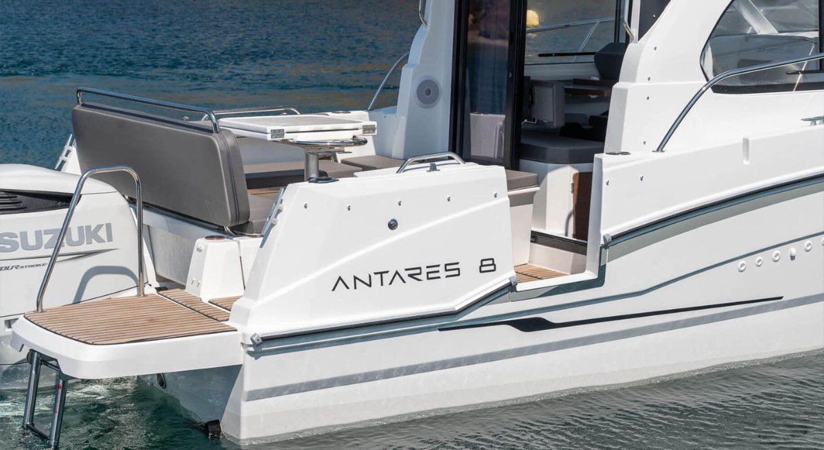 Beneteau Antares 8.0 OB