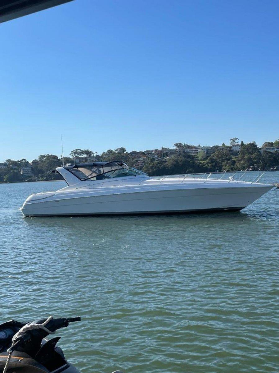 Riviera M430 YANMAR 6LP 24 valve Diesel 315 HP