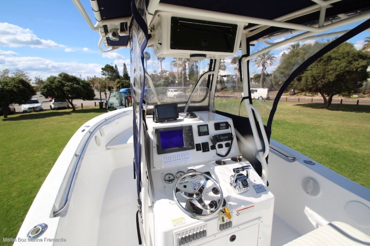 Sea Pro 270 CC with Twin Mercury Four Stroke Outboards