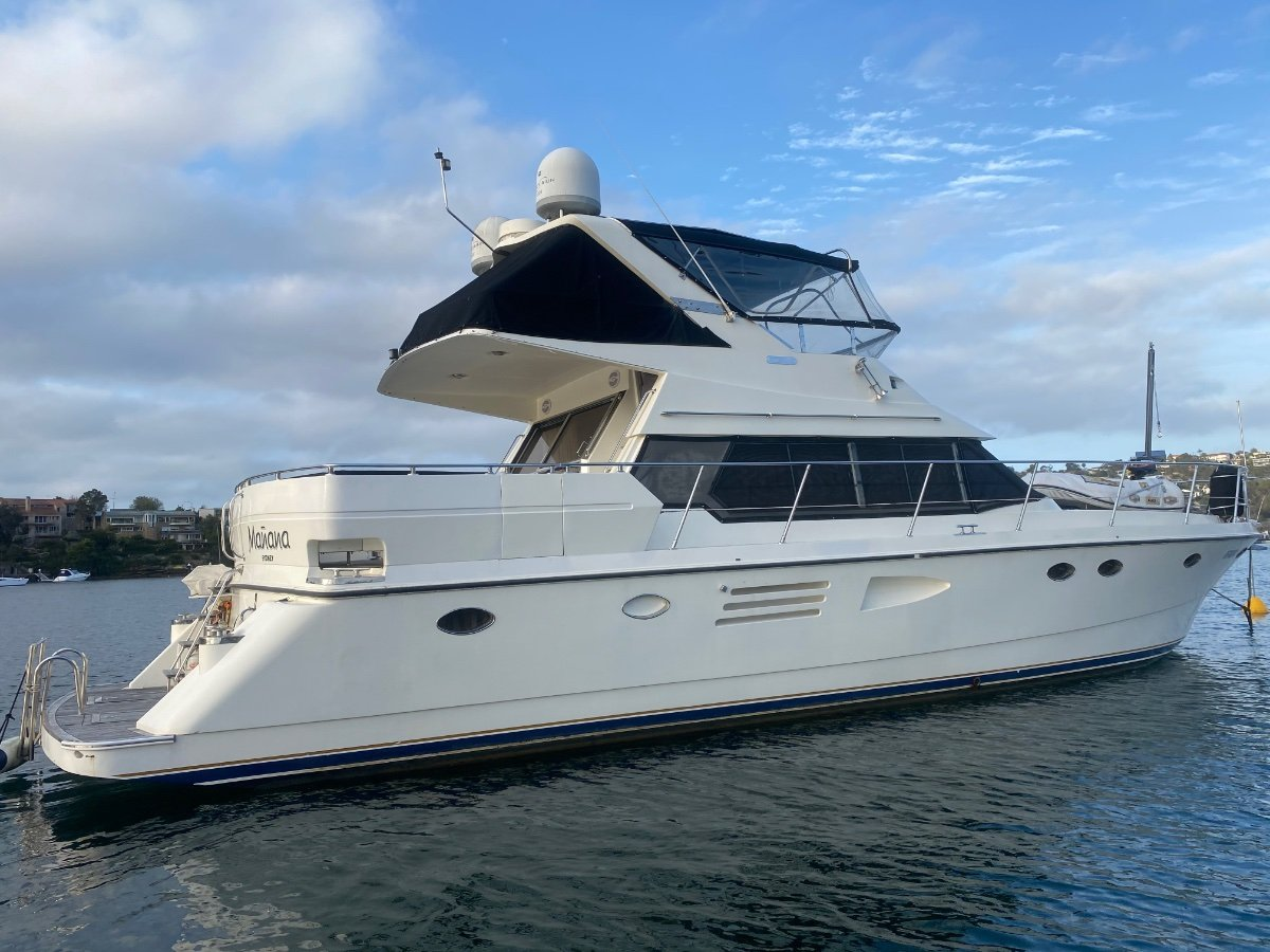Johnson 55 Motor Yacht
