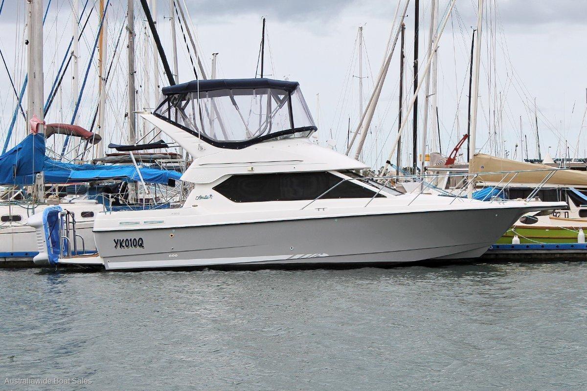 Bayliner 2858 Flybridge Cruiser