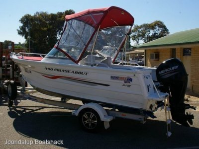 Quintrex 490 Cruiseabout 2016 Model bow rider
