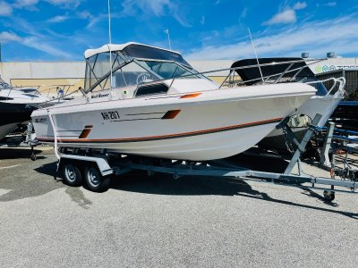 Caribbean Reef Runner In Excellent Condition