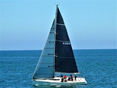 Northshore 369 Fast Cruiser - Racer
