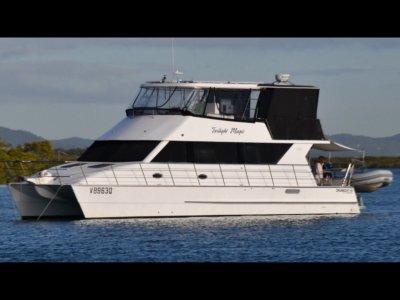 Cruisecat 40 12.8mt luxury flybridge cruiser x Survey