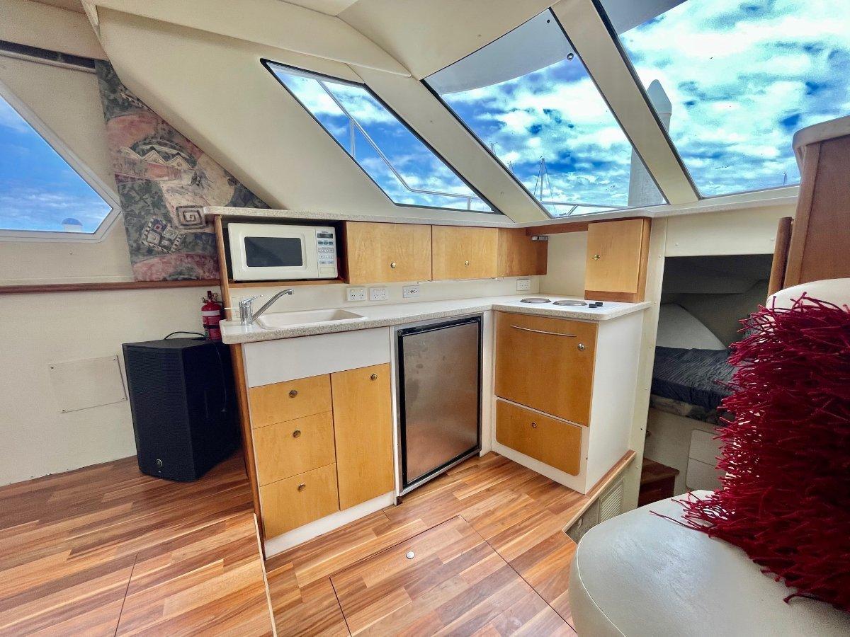 Silverton 322 Motor Yacht