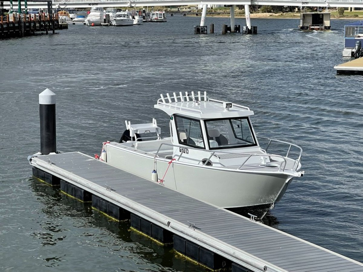 Noble 7.50 Super Vee Fishing Boat