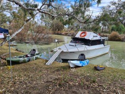 Savage 30ft Cabin Cruiser/River Cruiser