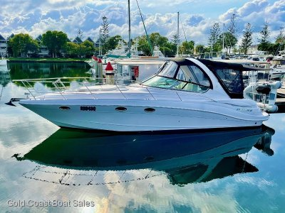 Four Winns Vista 348 sport cruiser