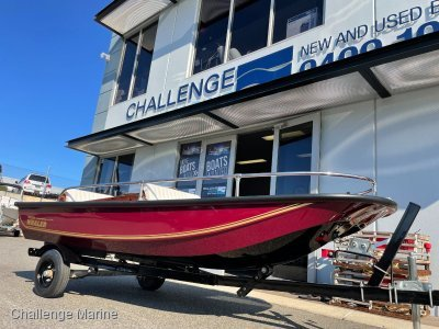 Boston Whaler 110 Sport Fully restored to better than new