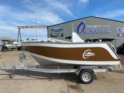 Lux Custom Boats 4600CC