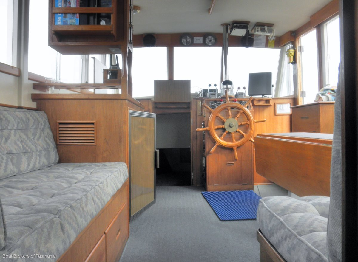 Halycon Days Grand Banks 36 Flybridge Cruiser Classic aft cabin. Boat Brokers of Tasmania
