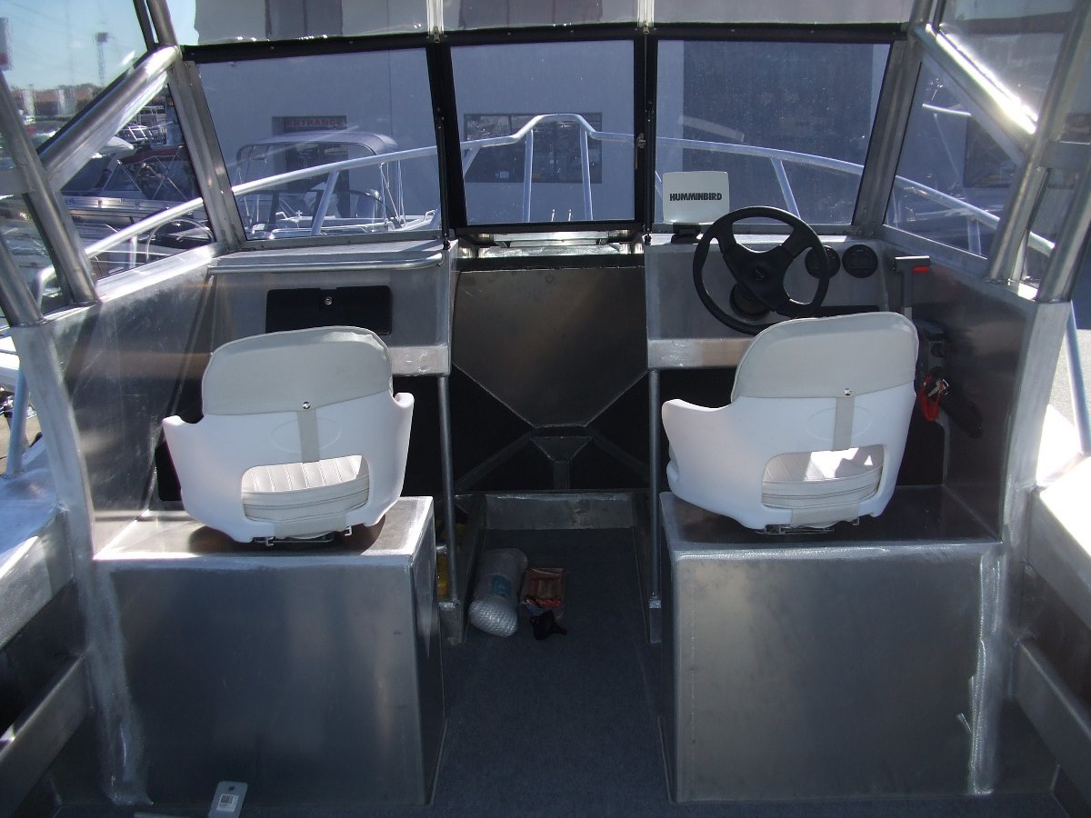 New Coraline SERIES II 600 SERIES- RUNABOUT OR CENTRE CONSOLE