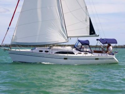 Catalina 385 Wing / Fin keel versions