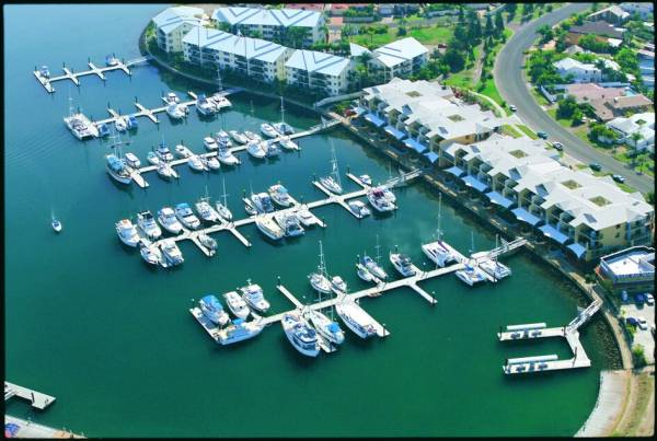 MARINA BERTH FOR SALE - 15m Mono Raby Bay Marina B22