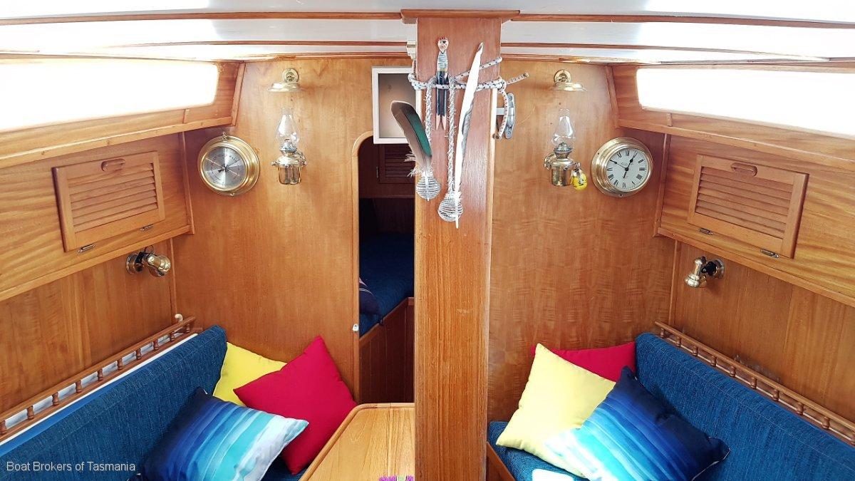 Martzcraft 35 Aft cabin comfortable cruising yacht