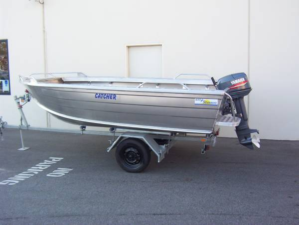 Stessco Catcher 429 LTD Open Boat