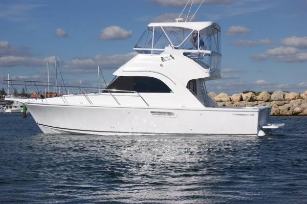 Caribbean 35 Flybridge Cruiser MK 3 NEW