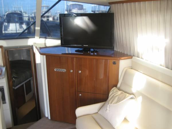 New Caribbean 35 Flybridge Cruiser MK 3 NEW