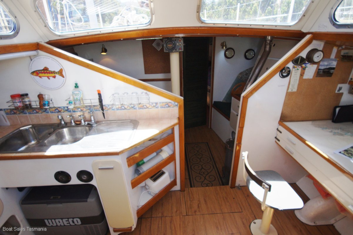"Barry Noble 45ft Cruising Yacht ""Pangolin II"""
