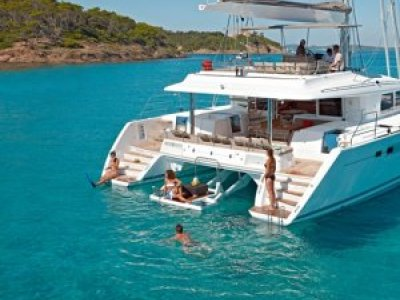 Sea Ray 37 Flybridge