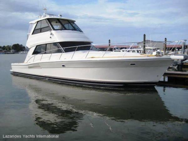 Riviera 48 enclosed 2004