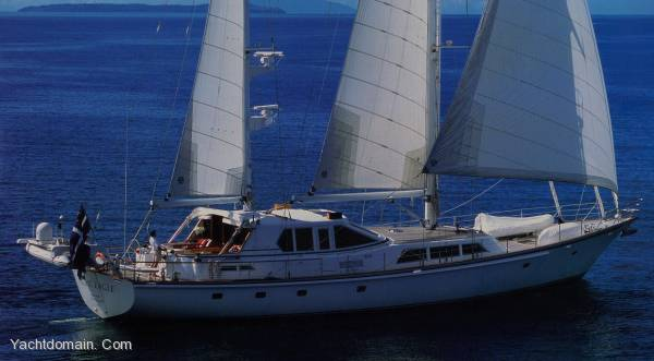 Alloy Yachts Ketch