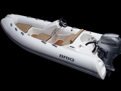 Brig Eagle 380 Center Console - Hypalon tubes