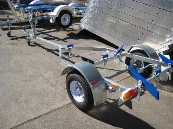 BROOKER 12' BOAT TRAILER BRAND NEW