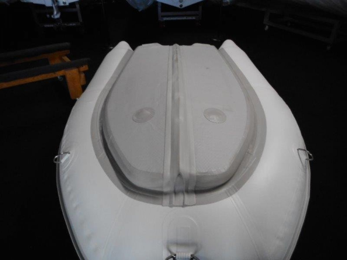 Sirocco Air Hull 220