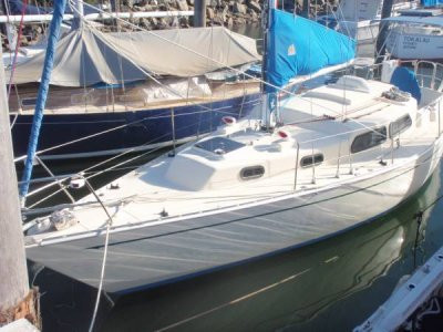 Cavalier 32 Boat